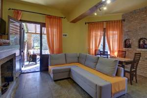 Luxury Apartment Split Level, Symmetron Suites: apartments family suites Pelion kalamos beach